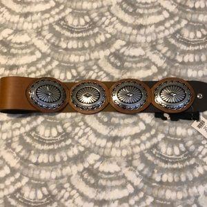New Chico's leather belt